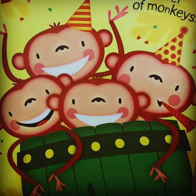 Happy Friday!! #characterdesign #illustration #childrenbooks #greetingcards #nomarperez #animation #monkey s